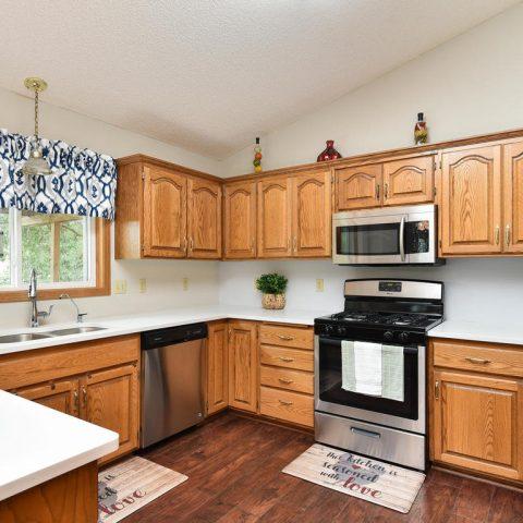 Kitchen - 4809 Oxborough Gardens North-011