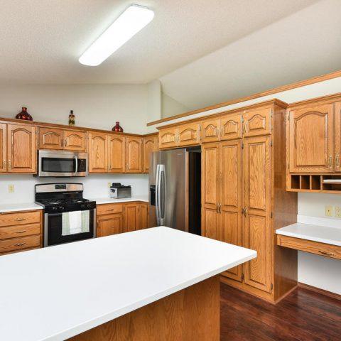 Kitchen - 4809 Oxborough Gardens North-012