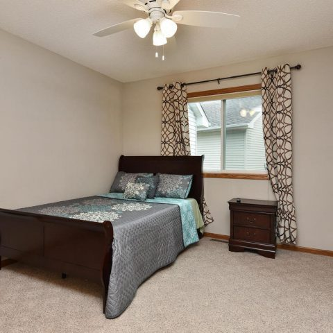 Room 4 - Main Level - 4809 Oxborough Gardens North-015