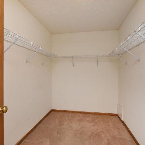 Walk-in Closet - 4809 Oxborough Gardens North-018