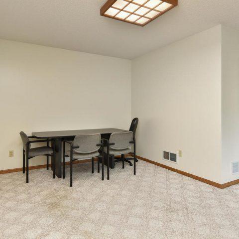 Chill Room - 4809 Oxborough Gardens North-025