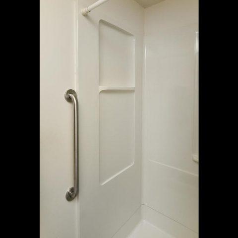 Accessible Bathroom - 4809 Oxborough Gardens North-031