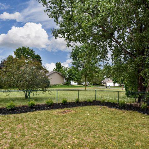 Backyard Garden - 4809 Oxborough Gardens North-034